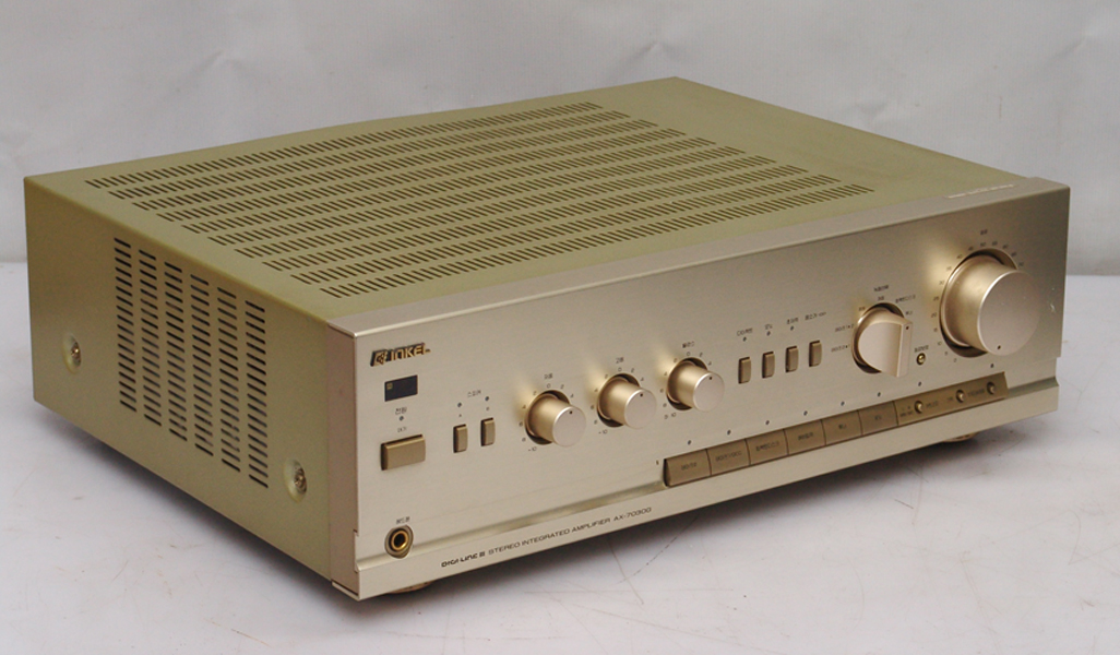 ax-7030gn-sa-60.jpg